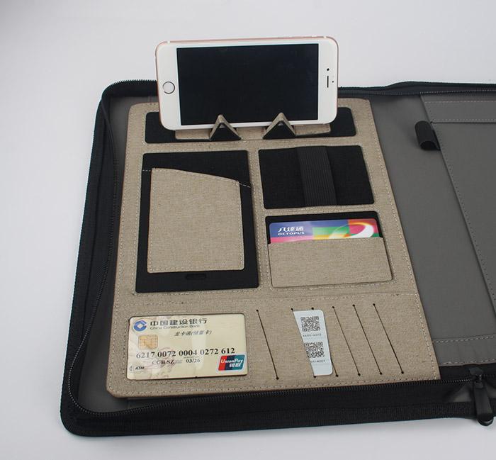 Zipper Portfolio with Power Bank