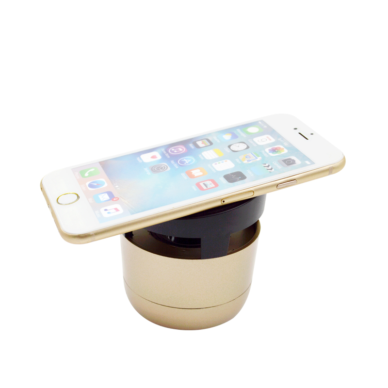 Factory Wholesale Protable Mobile Phone Holder Qi Wireless Charger With Hifi Mini Bluetooth Speaker