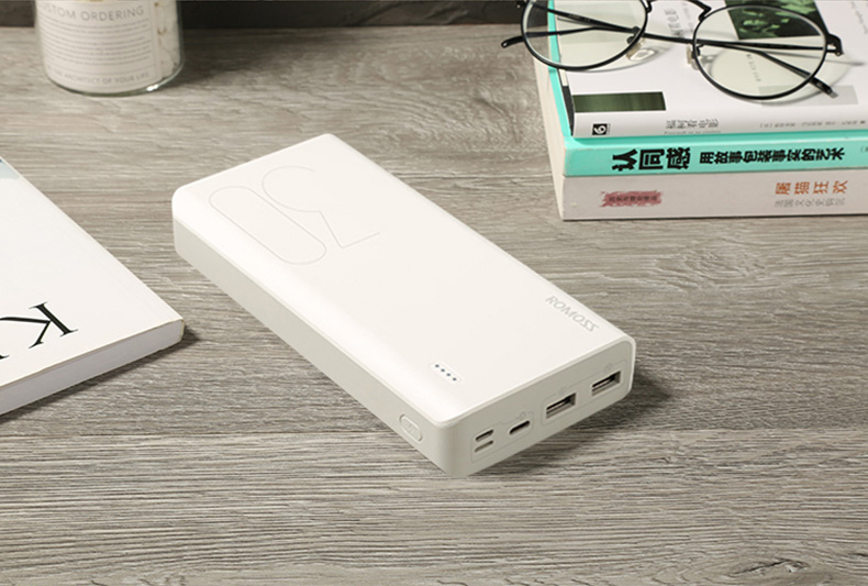 The power bank factory tell you the right way to use a portable power bank